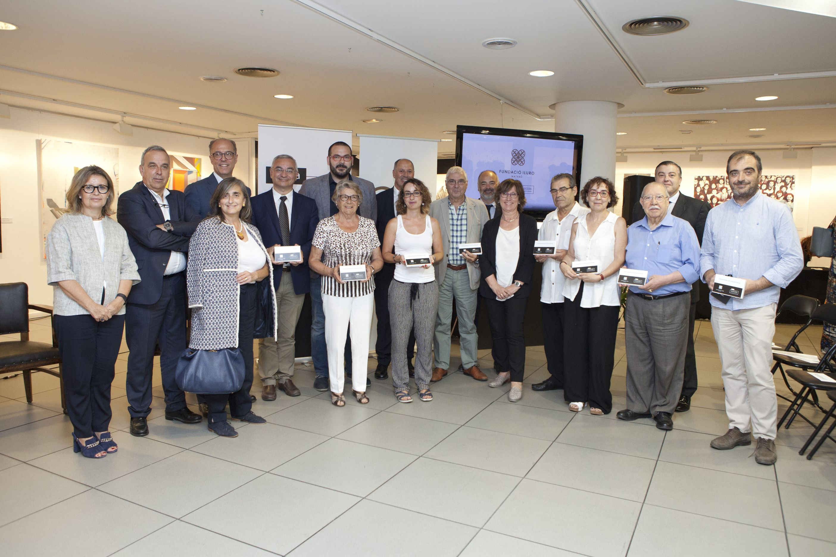 Bankia I La Fundació Iluro Lliuren 30.000 Euros A Vuit Projectes D'acció Social De La Comarca Del Maresme